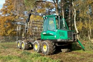 Rückezug Timberjack/John Deere bei der Arbeit