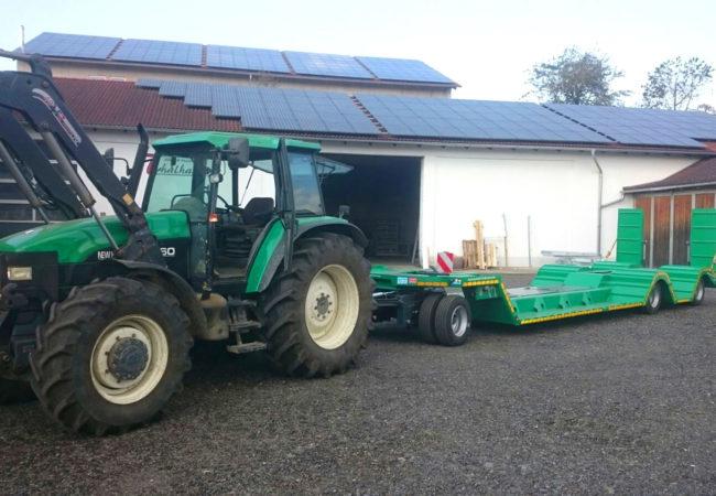 Tiefbett Tieflader zum Tranport von Forstmaschinen (Spezialanfertigung der Firma Agrartechnik Thalhammer )